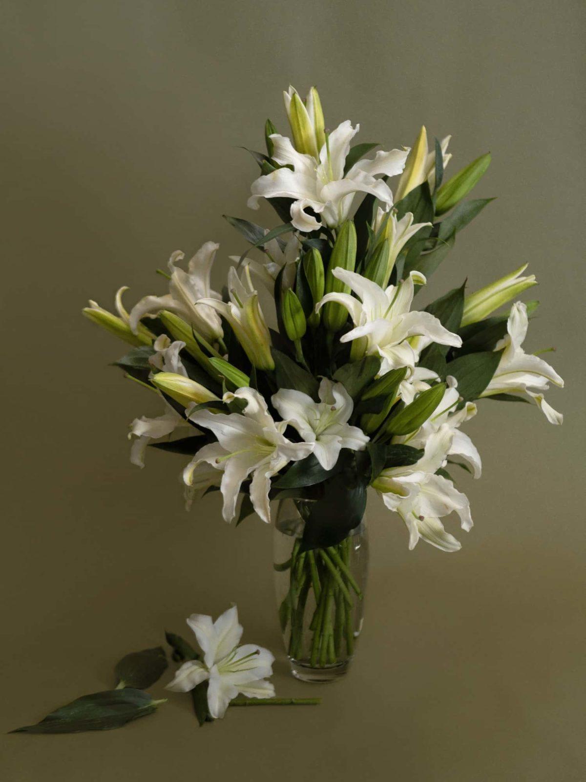 Medium Vase Arrangement